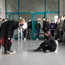 """Theateraufführung """"pandemotion. the moving theatre"""""""